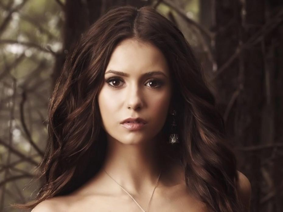 Elena-Gilbert-The-Vampire-Diaries-Halloween-Coloured-Contact-Lenses