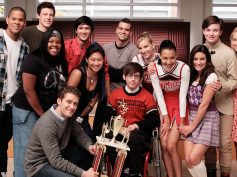 Glee cast to reunite in honor of Naya Rivera